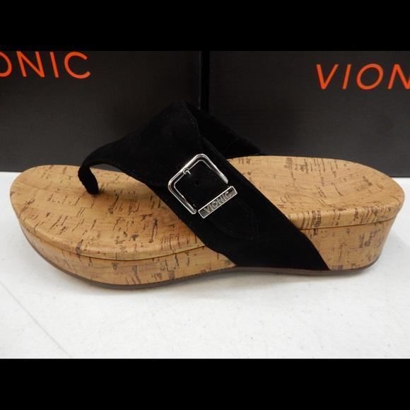 2322ac5c0588 Vionic Marbella Platform Sandal. M 5b282c0312cd4a3f76e267af